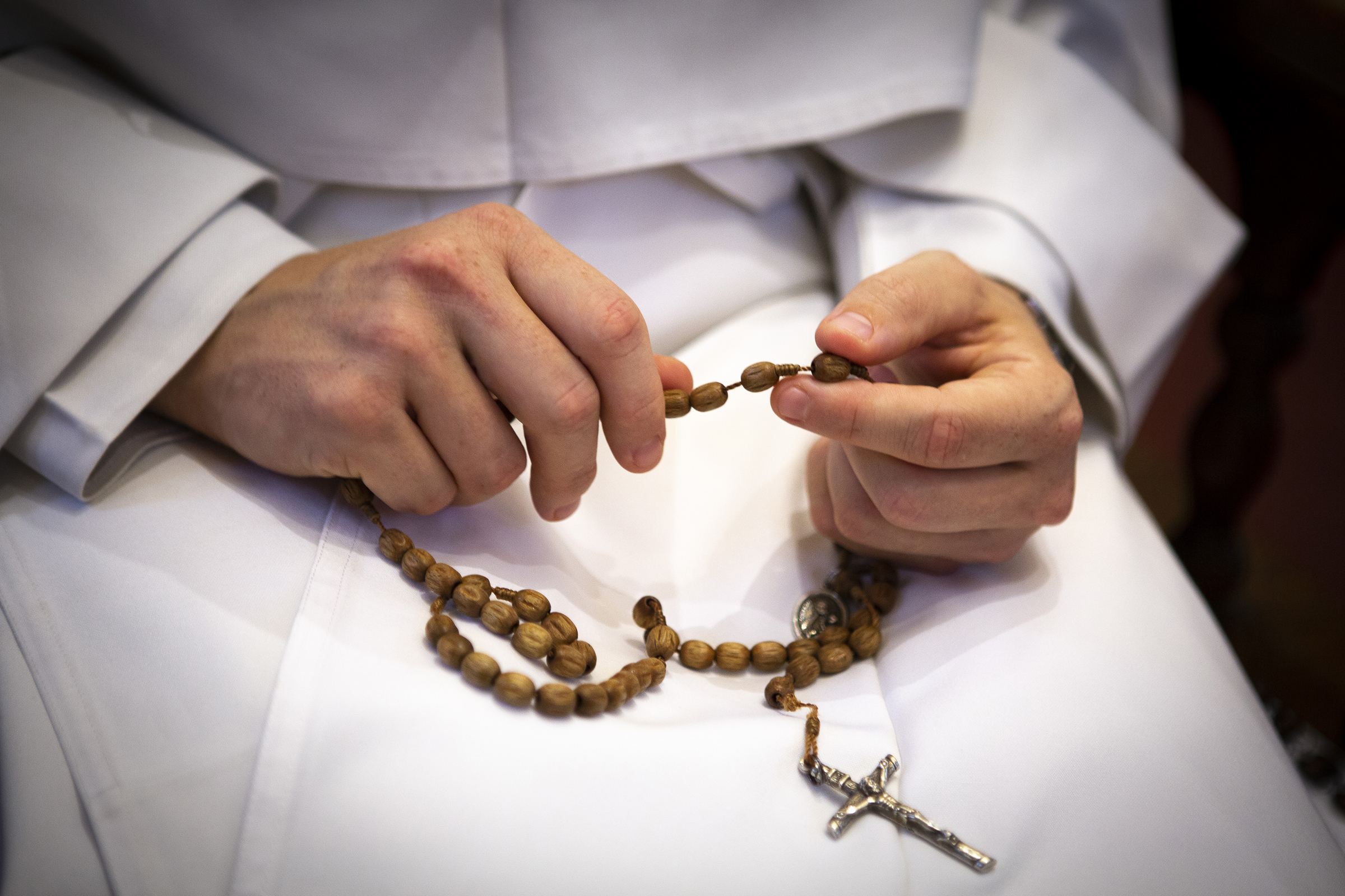 Pope Francis Writes Prayers To Recite At End Of Rosary Asks For Mary S Intercession During Pandemic The Dialog